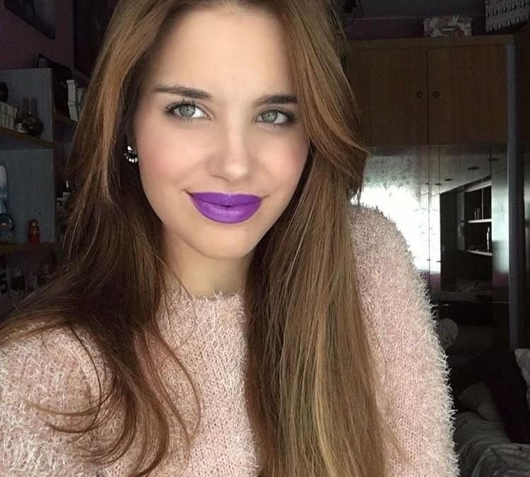 Patricia, nueva imagen de los labiales Armonía Biocosmética.